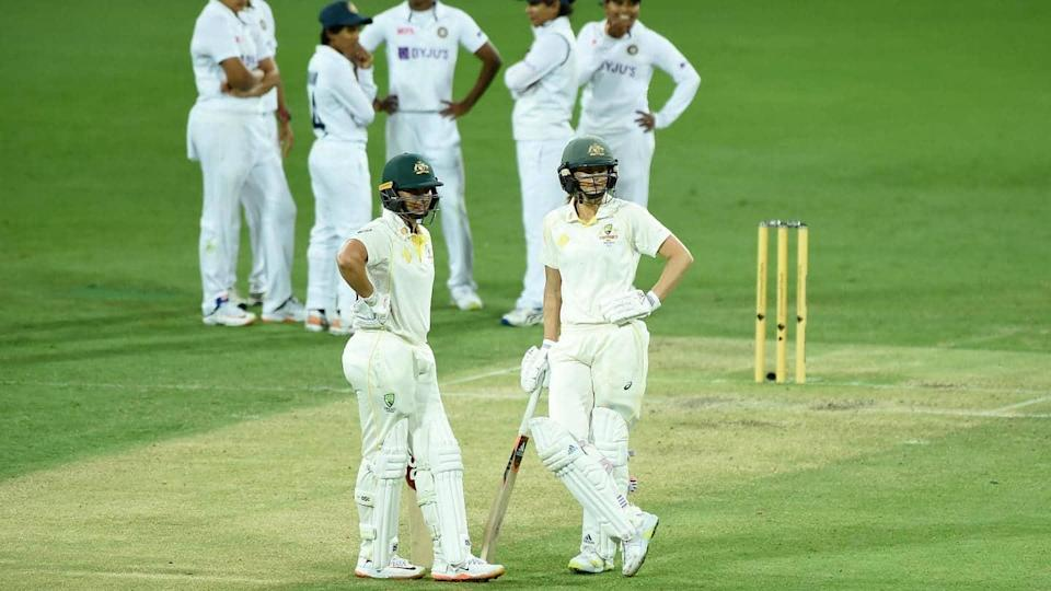 Ellyse Perry registers 5,000 runs and 300 wickets (international cricket)
