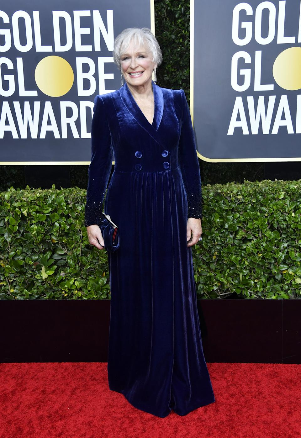 "<h1 class=""title"">Glenn Close in Armani and Cartier jewelry</h1><cite class=""credit"">Photo: Getty Images</cite>"