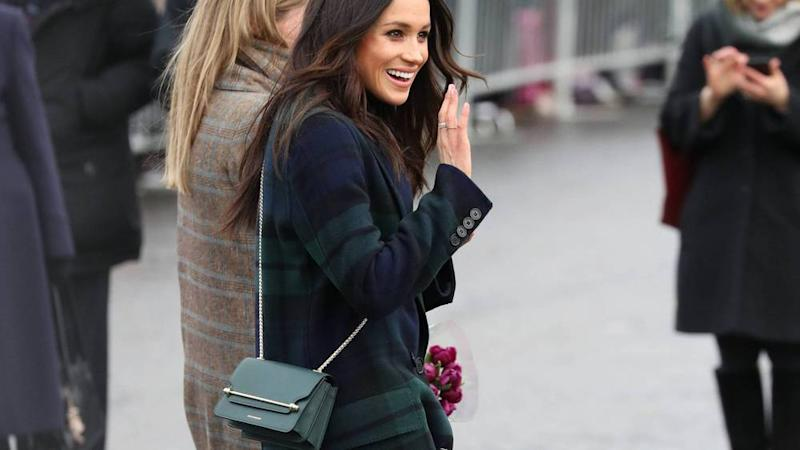 Meghan Markle stiefelt stylisch durch Edinburgh