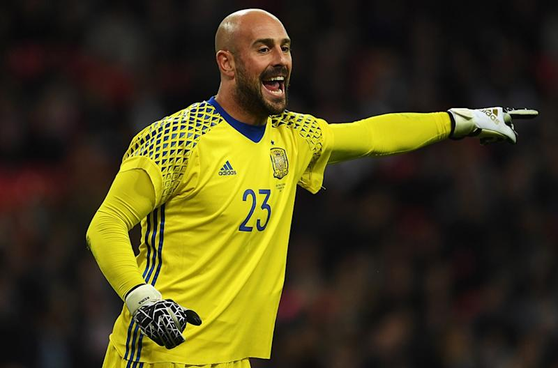 Reina, è fatta: va all'Aston Villa