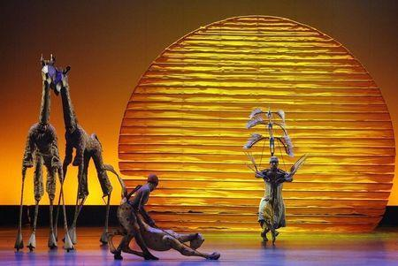 "The cast of ""The Lion King"" performs the opening number at the 62nd Annual Tony Awards in New York, June 15, 2008. REUTERS/Gary Hershorn"
