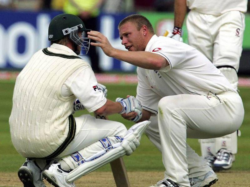 Andrew Flintoff consoling Brett Lee after Australia fall agonizingly short of a remarkable chase