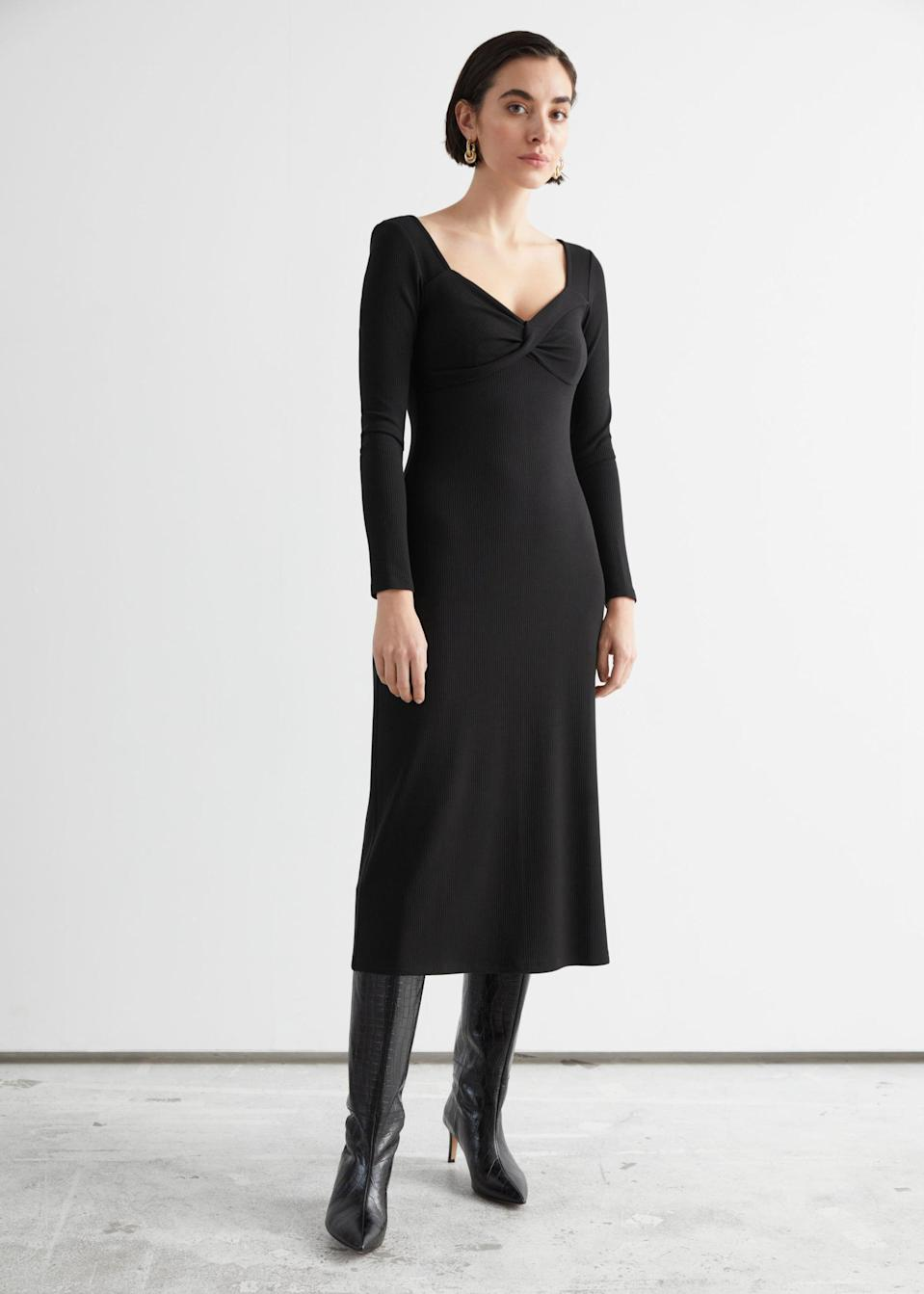 <p>This body-skimming <span>&amp; Other Stories Sweetheart Neck Midi Dress</span> ($89) is an elegant choice for dinner.</p>