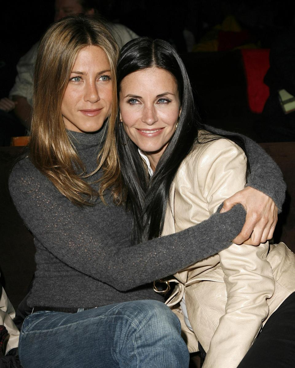 <p>The duo supported Courteney's then-husband David Arquette at the premiere of 'The Tripper' in 2007. <em>[Photo: Getty]</em> </p>