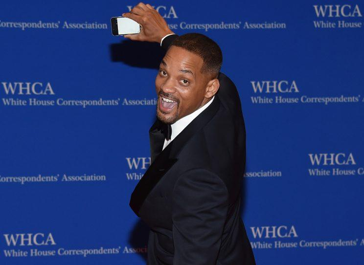 Will Smith made sure to get his own pic on the red carpet in 2016. (Photo: Larry Busacca/Getty Images)