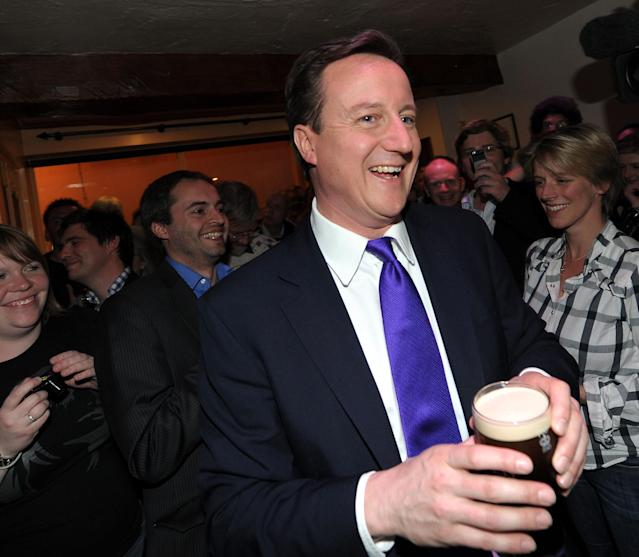David Cameron might have been agreeing with Nick about his drink choice in Bristol ahead of the 2010 leaders debates. (Getty Images)