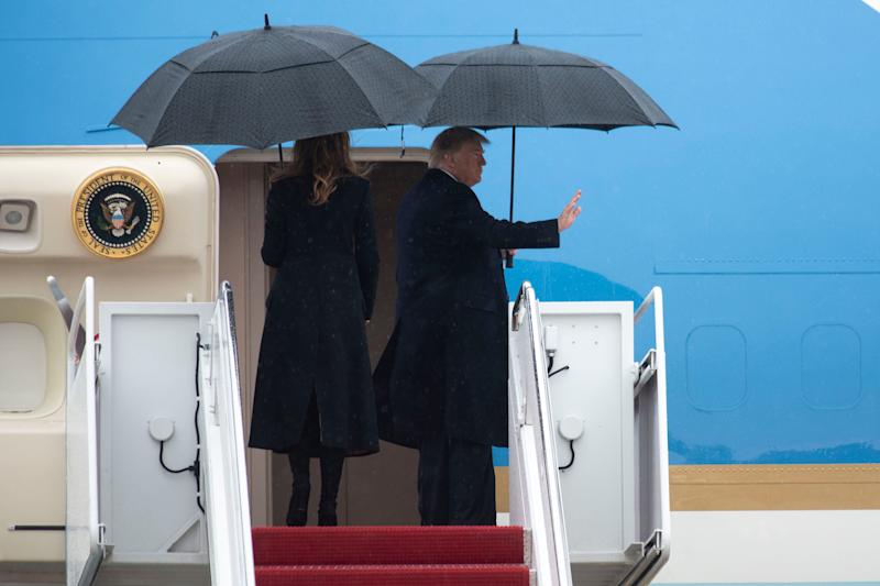 President Donald Trump and first lady Melania Trump board Air Force One (Photo: ASSOCIATED PRESS)