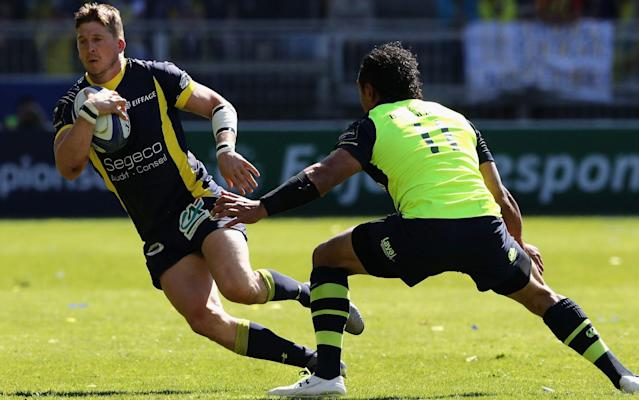 <span>Strettle scored an early try against Leinster in Lyon on Sunday</span> <span>Credit: GETTY IMAGES </span>