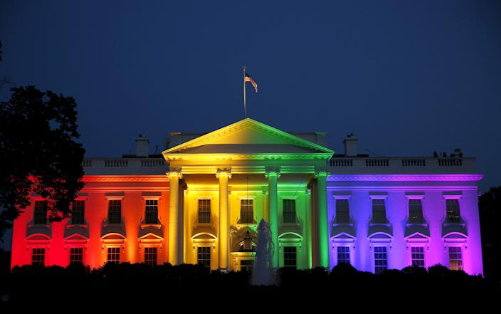 The Obama White House is illuminated in rainbow colors after the Supreme Court ruling legalizing gay marriage, June 26, 2015. (Photo: Gary Cameron/Reuters)
