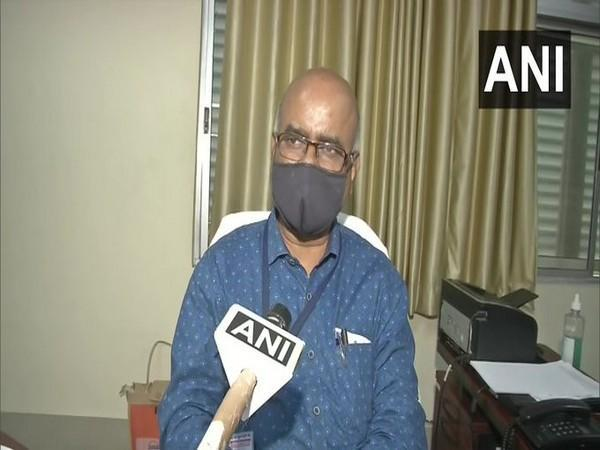 Bihar State Pollution Control Board Scientist Navin Kumar speaking to ANI in Patna on Wednesday. [Phto/ANI]