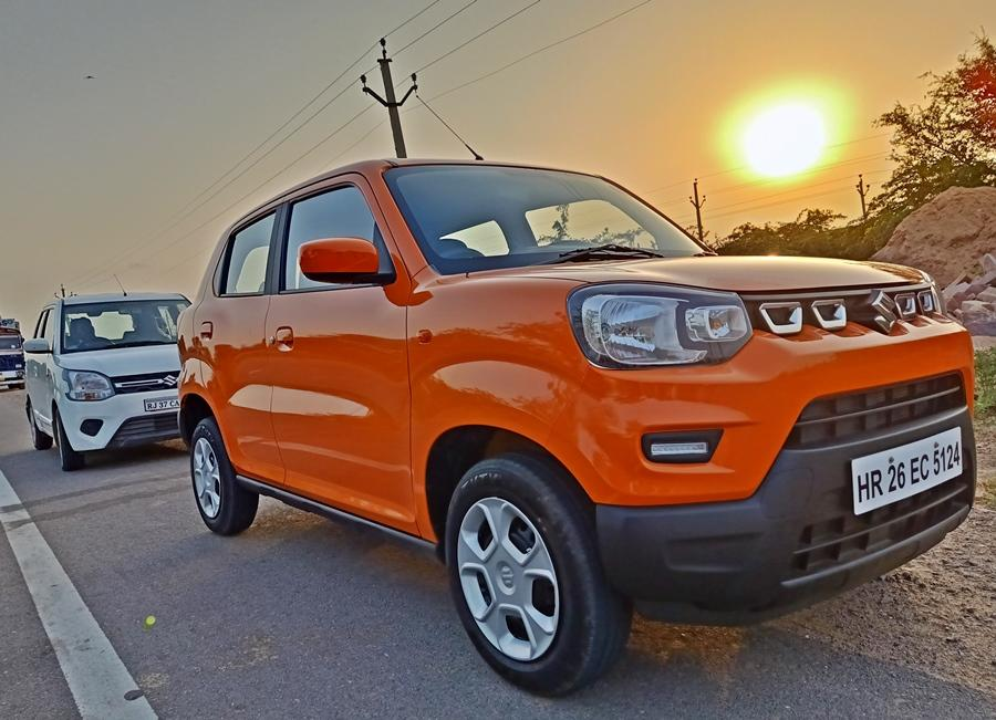 Both the S-Presso and WagonR are new Marutis, based as they are on the newer and lighter platform. Both offer better dynamics and safety in that aspect. In terms of dimensions, the WagonR is slightly longer but the S-Presso is wider. Crucially the S-Presso has more ground clearance with 180mm vs 165mm of the WagonR.