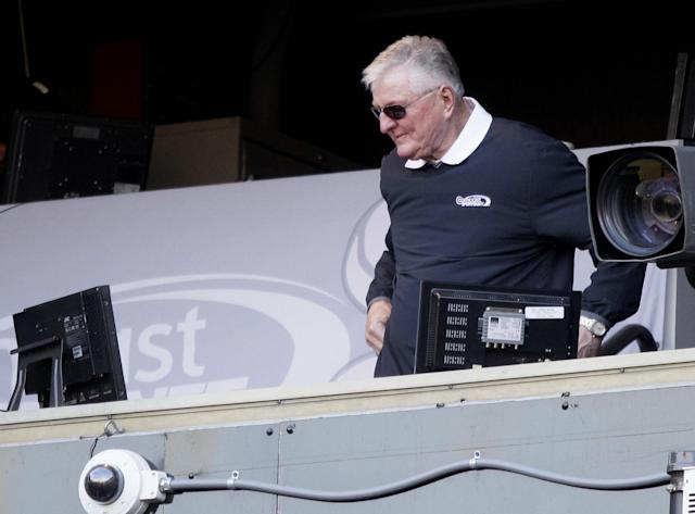 """Ken """"The Hawk"""" Harrelson has been a Chicago baseball icon since the 1980s thanks in part to his catchphrases. (AP Photo/Nam Y. Huh)"""