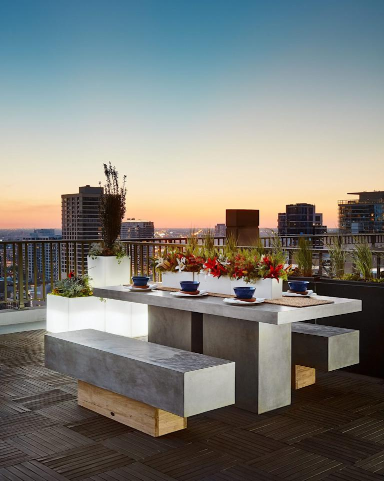 """<p>With summer just around the corner, the anticipation of rooftop BBQ's, sunny day parties, and sunbathing sessions are among us. With a rooftop terrace or patio, the <a href=""""https://www.elledecor.com/design-decorate/room-ideas/g2198/outdoor-rooms/"""" target=""""_blank"""">al fresco opportunities</a> are endless. <br><br>Take your summer dreaming to the next level (literally), and get inspired by these swoon-worthy rooftops and <a href=""""http://www.elledecor.com/design-decorate/room-ideas/g144/great-ideas-decks-terraces-56146/"""">terraces</a> from <a href=""""https://deringhall.com/"""">Dering Hall</a>.<br></p>"""