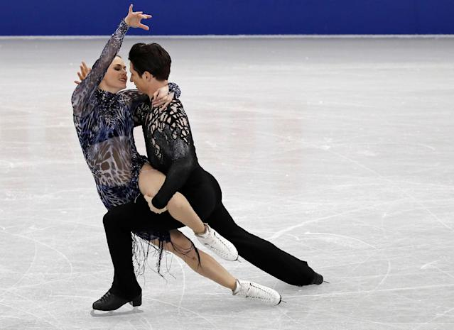 <p>Figure Ice Skating – ISU Grand Prix of Figure Skating Final – Ice Dance Short Dance – Nagoya, Japan – December 7, 2017. Canada's Tessa Virtue and Scott Moir. REUTERS/Issei Kato </p>