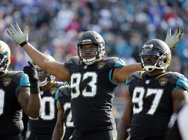 Jacksonville defensive end Calais Campbell, Yahoo Sports' pick for NFL defensive player of the year, and the rest of the Jaguars will be looking for an upset in Pittsburgh on Sunday. (AP)