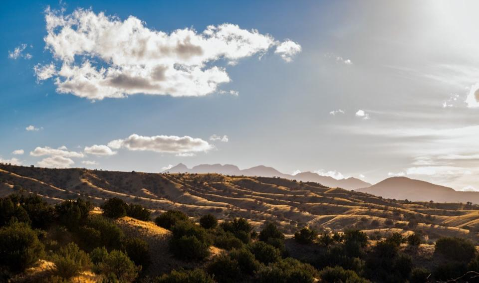 Panoramic view of the mountains from Sonoita Highway in Arizona during sunset