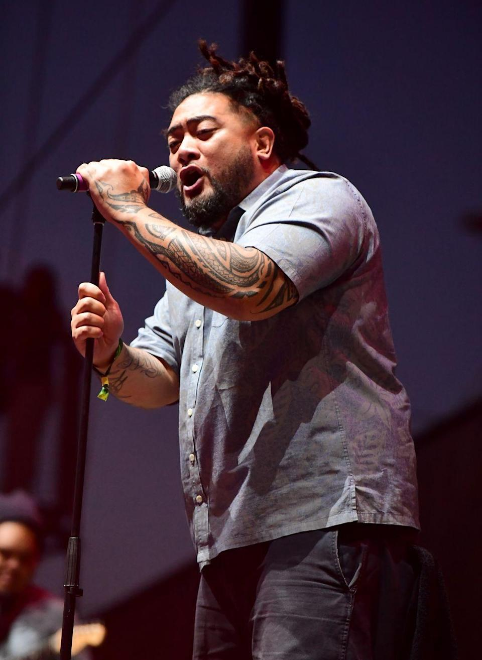 """<p>This reggae singer is the genius behind the TikTok viral dance and song """"Let's Do It Again,"""" which was actually released back in 2011. Born of Samoan descent, <strong>J Boog</strong> was born and raised in California, but he continues to be a top reggae artist in Hawaii, where he lives now to pursue his music career. To this day, he's releasing music — his latest single is called """"Free of Dem.""""</p>"""