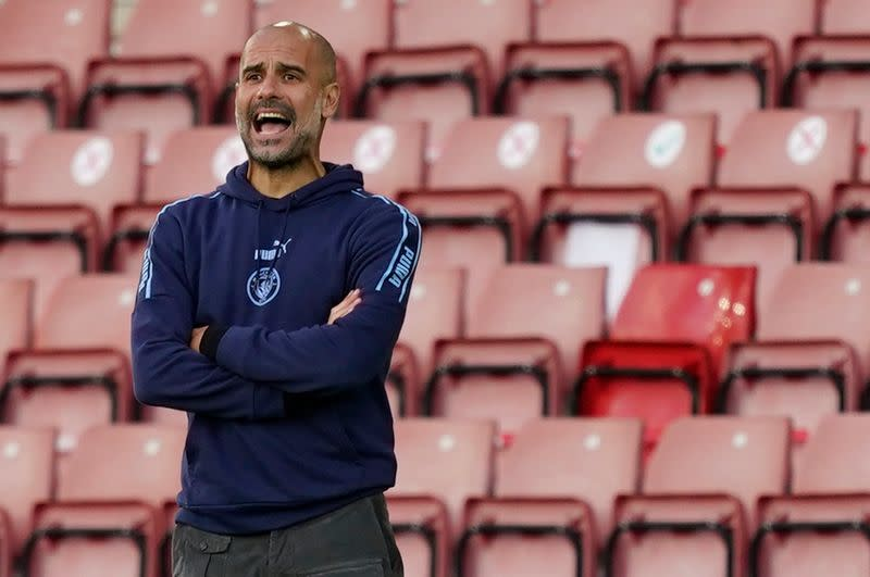 Guardiola urges Man City players to cut out sloppy mistakes
