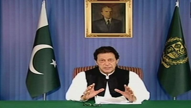Imran Khan-Led Pakistan Government Hikes Gas Prices Upto 143 Percent; Prices Of LPG Cylinder Slashed By Rs 200