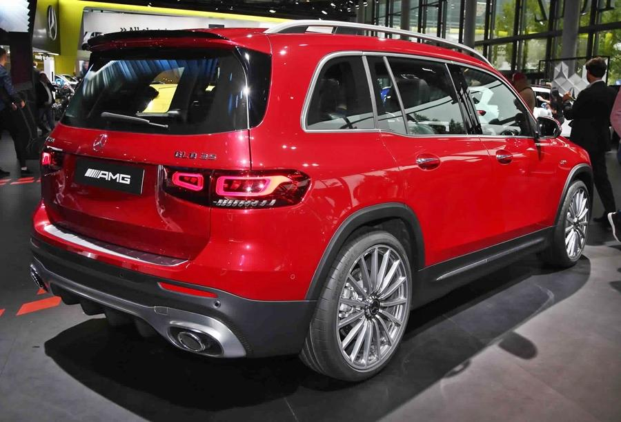 <strong>Mercedes GLB-</strong> The GLB is an important SUV from Mercedes which is due to arrive next year. It will be slotted between the GLA and GLC with seven seats on offer.