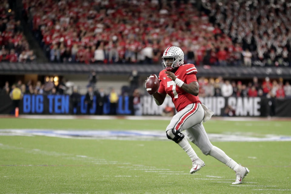 Ohio State quarterback Dwayne Haskins looks to throw during the second half of the Big Ten championship NCAA college football game against Northwestern, Saturday, Dec. 1, 2018, in Indianapolis. (AP Photo/Michael Conroy)