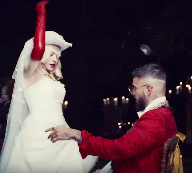 Madonna and Maluma in 'Medellín.' (Photo: YouTube)