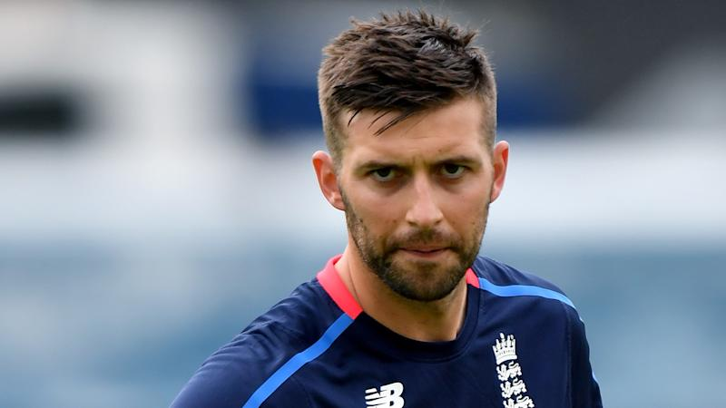 Mark Wood replaces James Anderson as England choose to bat at Port Elizabeth