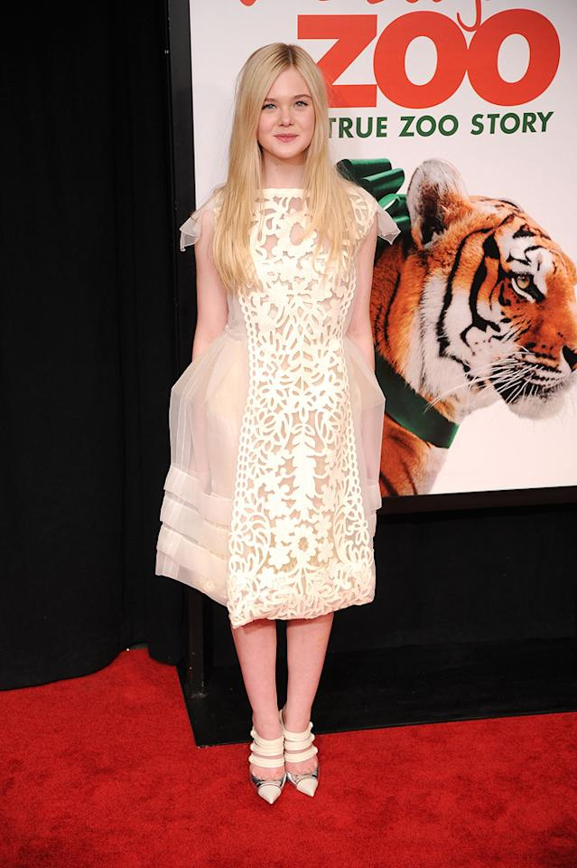 "<a href=""http://movies.yahoo.com/movie/contributor/1808461888"">Elle Fanning</a> at the New York premiere of <a href=""http://movies.yahoo.com/movie/1810164709/info"">We Bought a Zoo</a> on December 12, 2011."