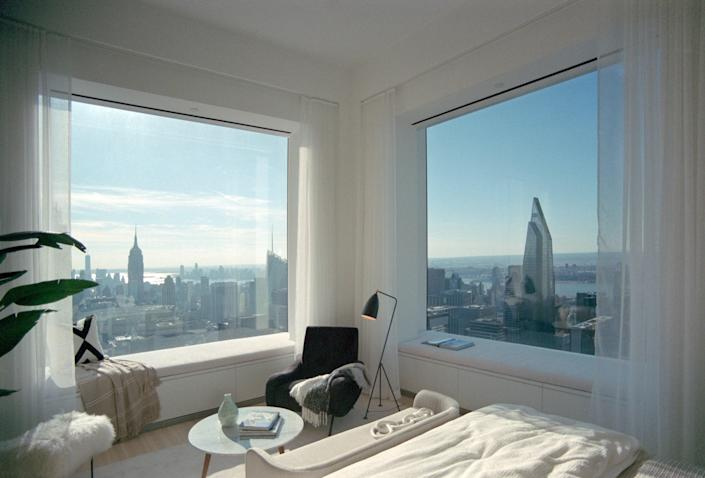 Southern and western views from one of the upperfloor master bedrooms at Rafael Viñoly's 432 ParkAvenue.