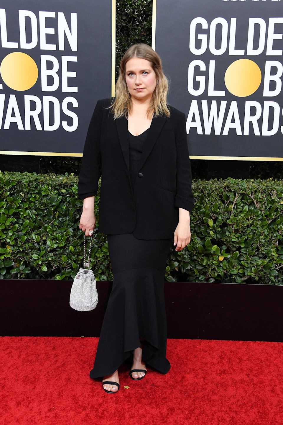 "<h1 class=""title"">Merritt Wever in Cinq à Sept and Chloe Gosselin shoes</h1><cite class=""credit"">Photo: Getty Images</cite>"