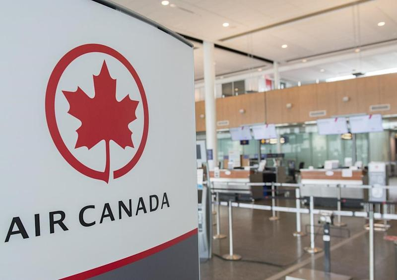 Air Canada CFO urges looser travel restrictions as PM extends border shutdown