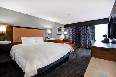 The Hampton Inn I-75's renovations include completely remodeled rooms designed for maximum comfort and space.