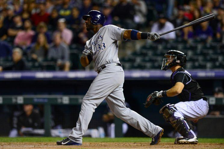 A year after leading the NL in home runs, Chris Carter is struggling to receive offers. (Getty Images/Dustin Bradford)