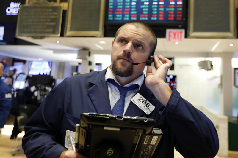 US Market Indexes Close Mostly Lower Friday