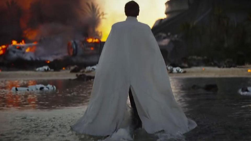 <p>The final third of the film on Scarif seems to be the area most heavily reworked in the reshoots. This moment with Ben Mendelsohn's Director Krennic coming ashore didn't make it to cinemas. Shame. Credit: Lucasfilm/Disney </p>