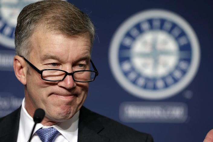 Seattle Mariners team president Kevin Mather speaks at a news conference in 2015.