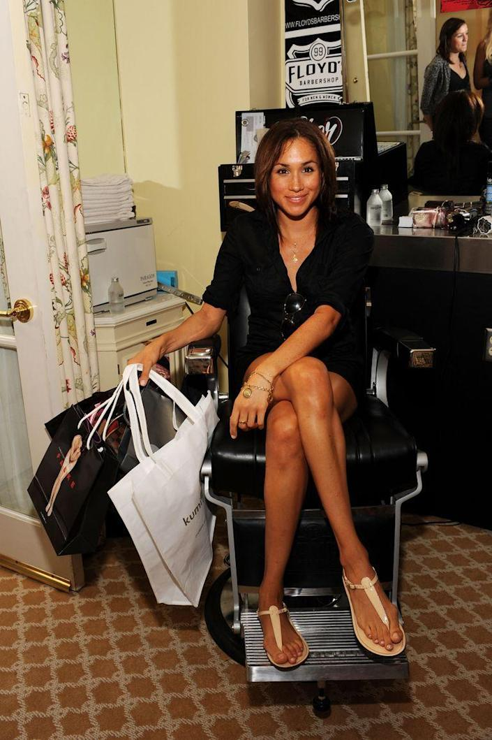 <p>Collecting swag at a pre-Emmy gift lounge in 2009. </p>