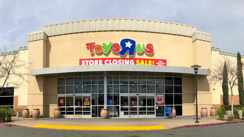San Jose, CA - March 19, 2018: Toys R Us closing up to 182 stores as part of its Chapter 11 bankruptcy.