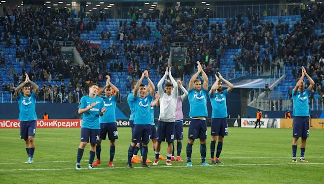 Soccer Football - Europa League Round of 32 Second Leg - Zenit Saint Petersburg vs Celtic - Stadium St. Petersburg, Saint Petersburg, Russia - February 22, 2018 Zenit St. Petersburg players applaud the fans after the match REUTERS/Anton Vaganov