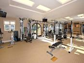 OK. Perhaps the most historically relevant room in the house, given recent history. It's really not a lot of workout equipment and, given Bonds' smaller stature in the years since he retired in 2007, that makes sense.