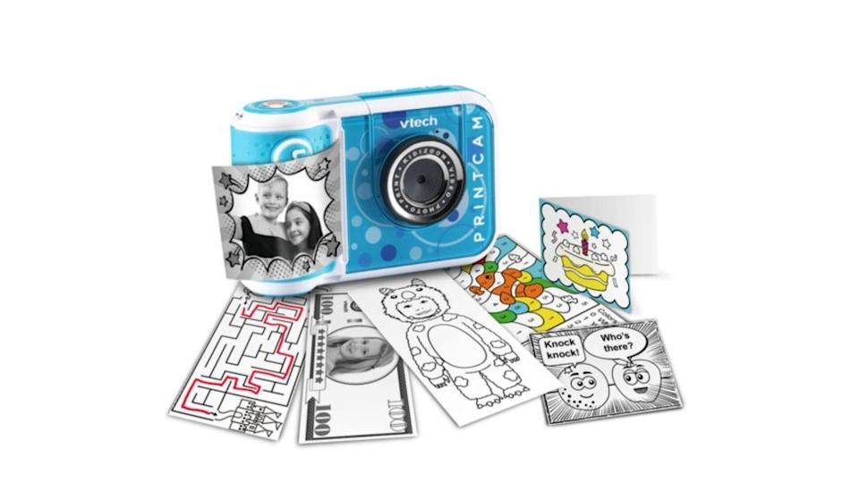 Print out color or black and white photos or photo stickers.