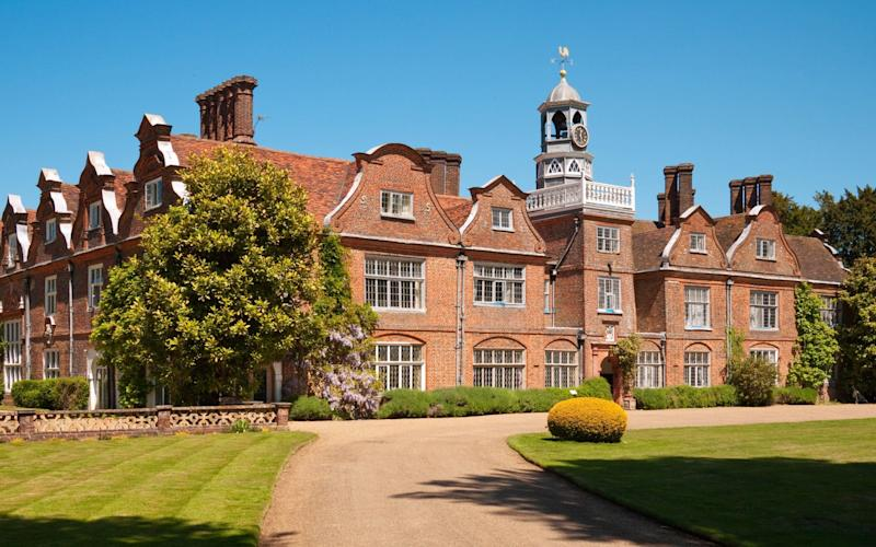Rothamsted Manor, in the grounds of Rothamsted Research, near Harpenden - www.alamy.com