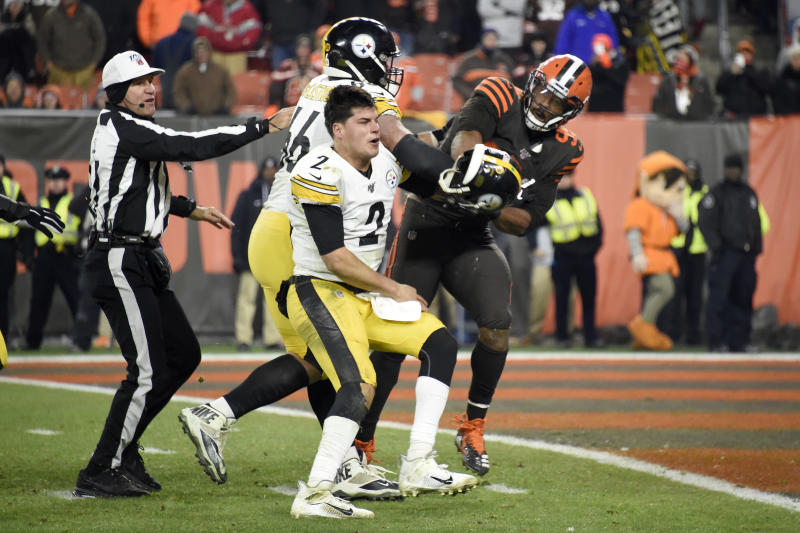 Steelers quarterback Mason Rudolph got hit in the head with a helmet by Browns end Myles Garrett. (Photo by Jason Miller/Getty Images)