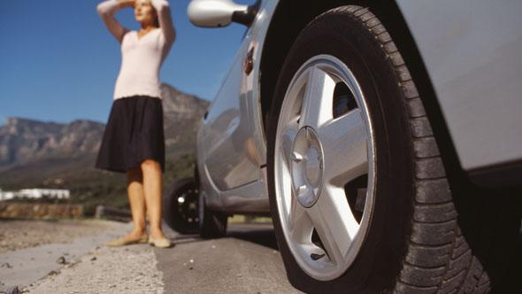 Most men wouldn't help a woman with a flat tyre