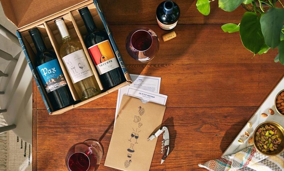 "<h3><strong>Blue Apron</strong> </h3><br><strong>What You Get</strong><br>An exclusive selection of wines from renowned winemakers in pairing-sized bottles (ideal for sharing between two) with tasting notes, flavor profiles, and bottling history.<br><br><strong>What You Commit To</strong><br>A flexible monthly membership — can skip a shipment or cancel membership at any time.<br><br><strong>What You Pay</strong><br>Monthly plans cost $65.99 for six pairing-sized bottles ($10 a 2/3-sized bottle). Shipping costs included.<br><br><em>Visit</em> <em><a href=""https://www.blueapron.com/wine"" rel=""nofollow noopener"" target=""_blank"" data-ylk=""slk:Blue Apron"" class=""link rapid-noclick-resp""><strong>Blue Apron</strong></a></em>"