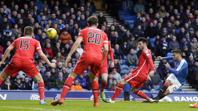Football Soccer - Rangers v St Mirren - Ladbrokes Scottish Championship - Ibrox - 27/2/16 Rangers' Harry Forrester (R) scores their first goal Mandatory Credit: Action Images / Graham Stuart Livepic EDITORIAL USE ONLY.
