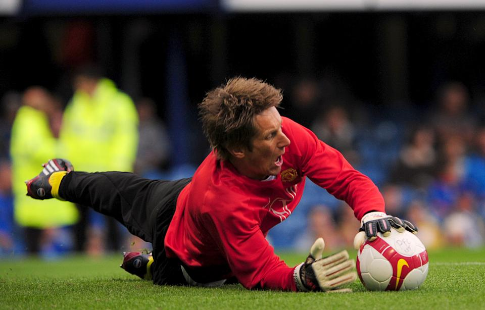 The Omni was the start of a new ball every season for Nike and the Premier League. United made it three league titles in a row with the help of Edwin van der Sar's safe hands. (Photo by Daniel Hambury - PA Images via Getty Images)