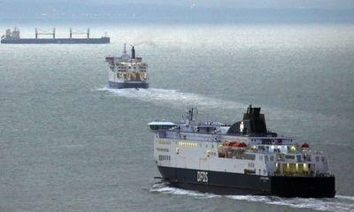 Government pays Eurotunnel £33m over no-deal ferry contracts