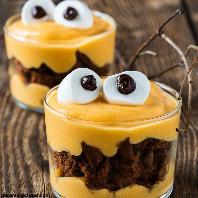 """<p>Instant pudding is one of the easiest desserts to make, so <a rel=""""nofollow"""" href=""""http://parentingchaos.com/monster-pumpkin-pie-pudding/"""">these cute monster pudding parfaits</a> can be quickly whipped up for any Halloween party. Add in brownies, top with marshmallow-and-chocolate sauce googly eyes, and you're done!</p>"""