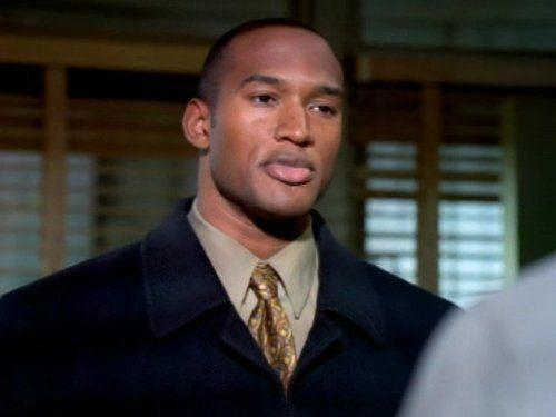 <p>Before he was chasing bad guys as car mechanic turned director of S.H.I.E.L.D. Mack on <em>Agents of S.H.I.E.L.D., </em>Simmons was chasing different bad guys for five years on <em>NYPD Blue</em>.</p>